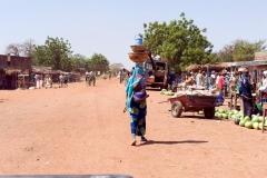Tragende Frau-Burkina Faso